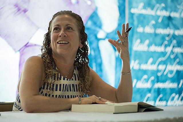 Jodi Picoult, Schriftstellerin