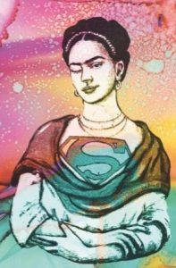 Zwinkernde Frau im Frida Khalo-Look und Superwoman-Outfit